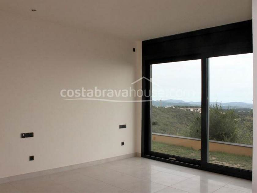 1245-16-1245-luxury-house-with-sea-views-for-sale-in-platja-daro-costa-brava-4r.jpg