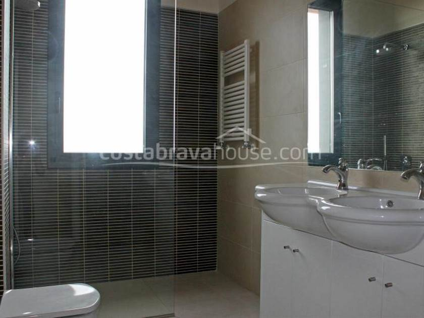 1245-17-1245-luxury-house-with-sea-views-for-sale-in-platja-daro-costa-brava-1r.jpg