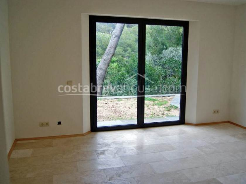 1275-10-1275-house-for-sale-in-begur-costa-brava-1r.jpg