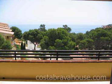 OPPORTUNITY.-Apartment for sale in Tamariu. Cozy apartment situated in Tamariu of Palafrugell, in the urbanization of Aigua Gelida, only 100