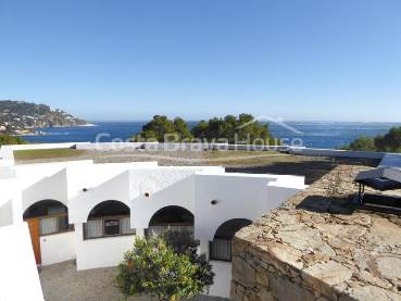 Impressive villa with fabulous sea views for sale in Calella