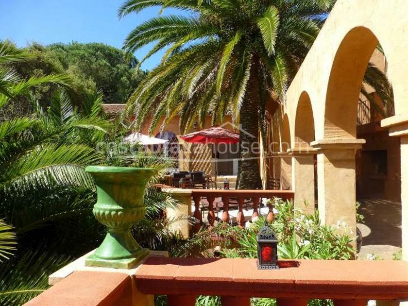 1863-06-1863-luxury-house-with-sea-views-for-sale-begur-sa-riera-costabrava-09r.jpg
