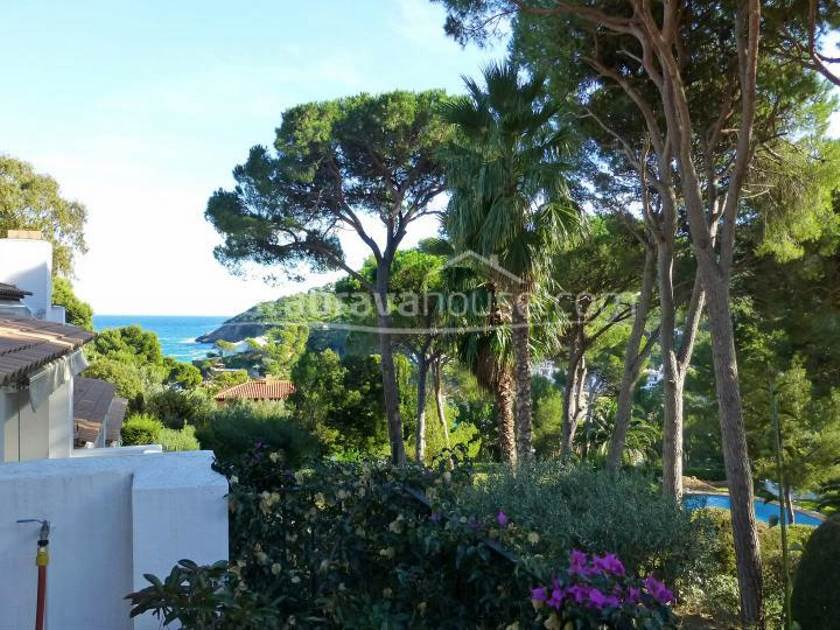 1939-02-1939-house-with-sea-views-for-sale-in-begur-sa-riera-costa-brava-02r.jpg
