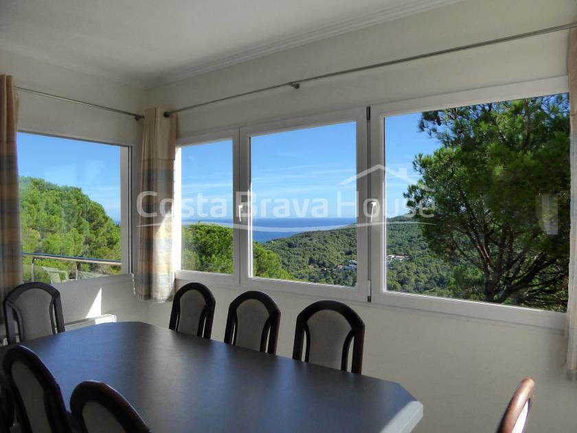 2180-13-2180-16-house-with-pool-and-sea-views-in-begur-sa-riera-r.jpg