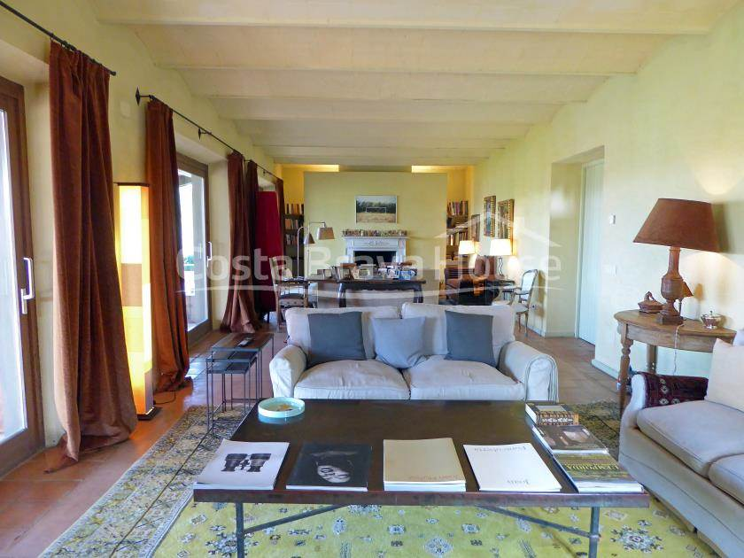 2205-15-2205-18-catalan-stone-farmhouse-with-3-hectares-of-land-in-baix-emporda-r.jpg