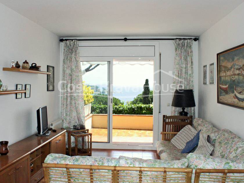 2283-05-2283-06-apartment-with-sea-views-for-sale-in-sagaro-r.jpg
