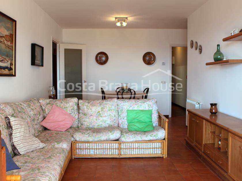 2283-06-2283-07-apartment-with-sea-views-for-sale-in-sagaro-r.jpg