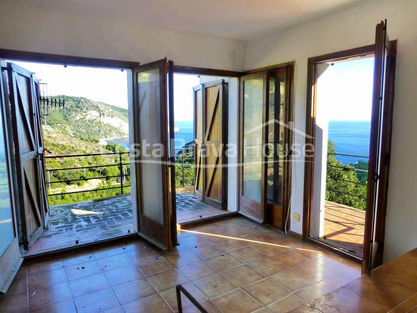 2317-06-2317-06-house-with-sea-views-to-reform-in-begur-aiguablava-r.jpg
