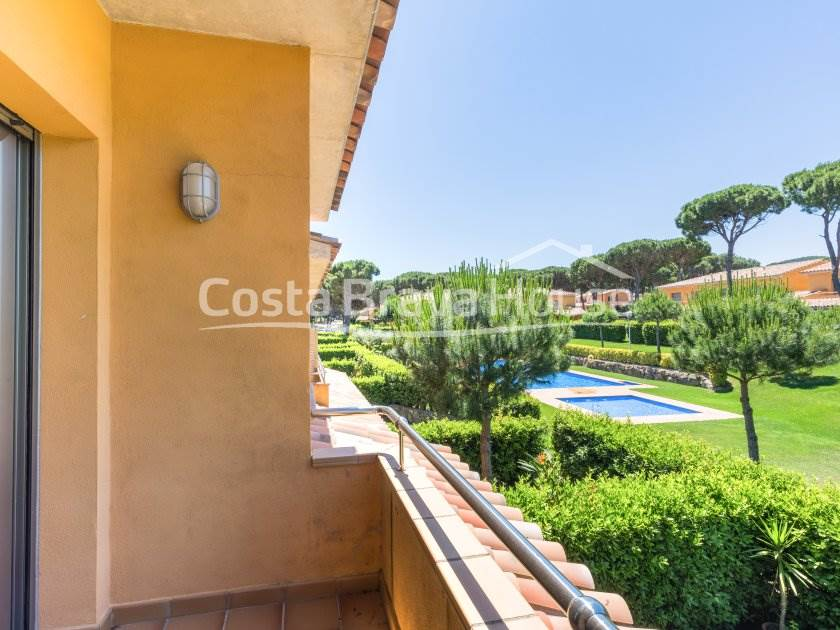 2338-16-2338-kz-9-semi-detached-house-next-to-the-golf-club-and-beach-in-pals-r.jpg