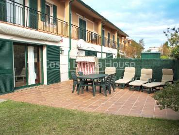Semi-detached house for sale in Pals only 200 meters from the beach