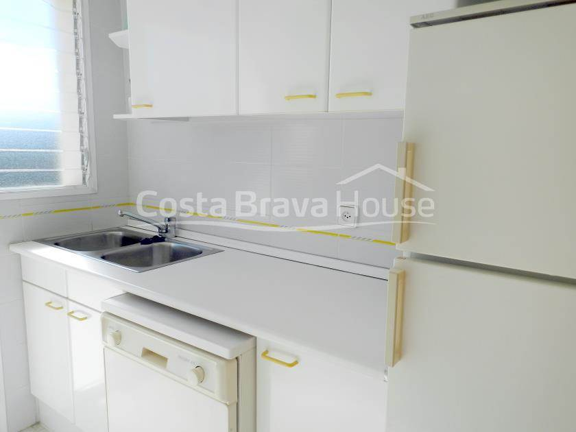 2364-12-2364-15-apartment-with-terrace-and-pool-for-sale-in-tamariu-costa-brava-r.jpg