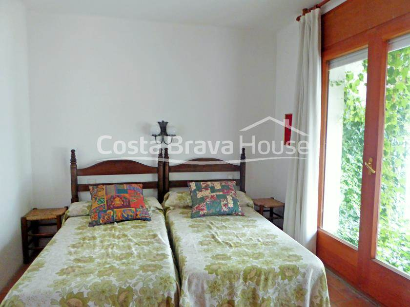 2401-15-2401-15-house-very-close-to-the-beach-with-3-apartments-for-sale-in-tamariu-r.jpg