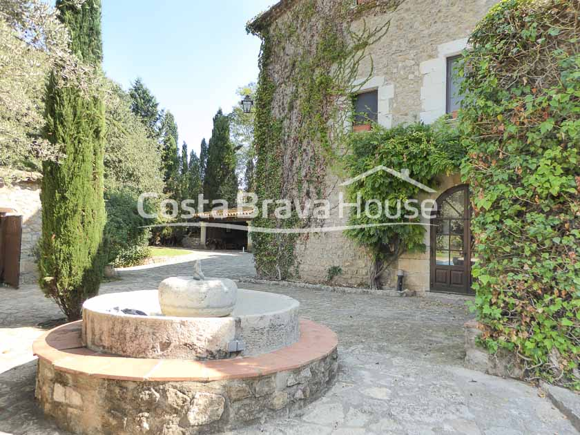 15-spectacular-property-for-sale-in-baix-emporda-r