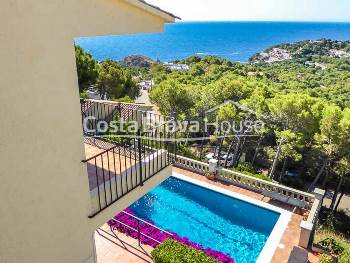House with sea views and pool for sale in Tamariu, Costa Brava
