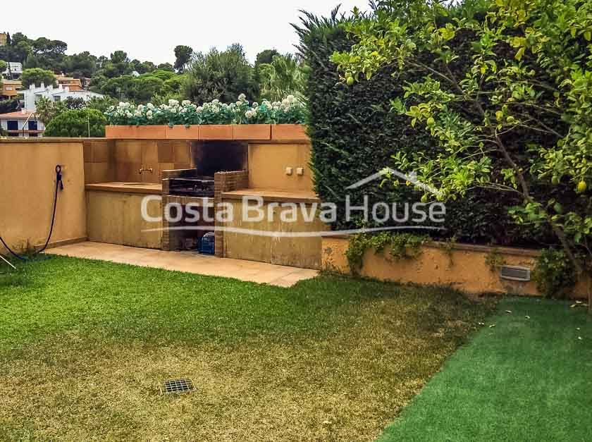 33-semi-detached-house-with-sea-views-and-pool-in-calella-palafrugell-golfet-beach-area