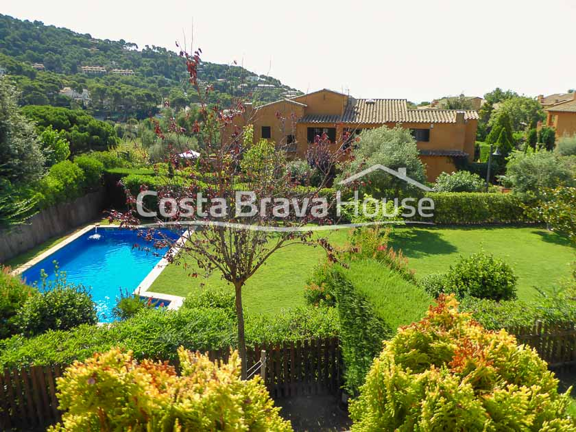 28-villa-with-private-garden-and-communal-pool-in-llafranc