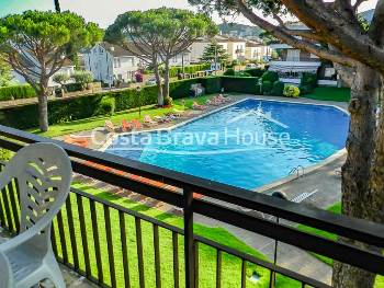 Apartment with garden and pool for sale between Calella and Llafranc