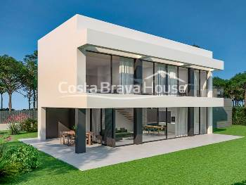 4 bedroom villa with private garden and community pool in new development in Begur very close to the city and to all the beaches in the area