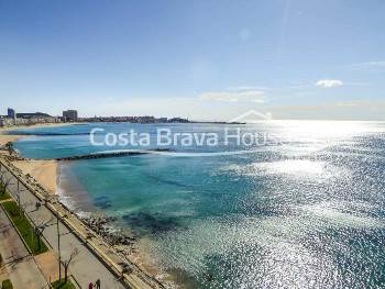 Apartment in front of the sea for sale in Sant Antoni Calonge