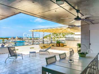 Duplex apartment for sale in l Estartit with terrace and sea views