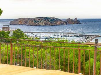House with pool for sale in l Estartit with spectacular views of the sea and the Medes Islands
