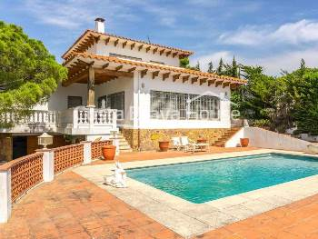 Mediterranean house for sale between Tamariu and Aiguablava with incredible sea views and pool