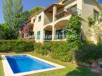 House with wonderful sea views and pool for sale in Tamariu, in the urbanization Aigua Xelida