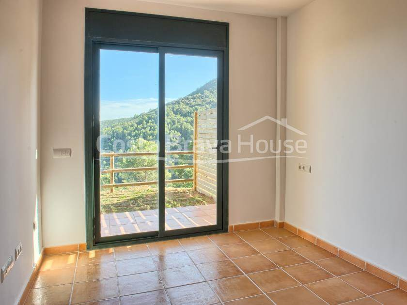 0085-18-0085-22-house-with-sea-view-for-sale-in-begur-sa-tuna-r.jpg